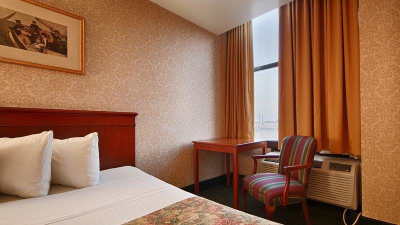 33069_010_Guestroom